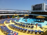 Carnival Breeze sun/pool deck